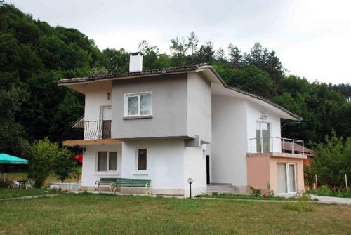 Villa Velena Guest House
