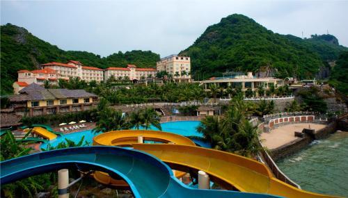 Cat Ba Island Resort & Spa