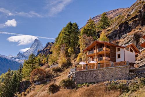 Mountain Exposure Luxury Chalets & Apartments
