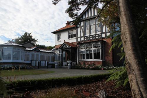 Safari Lodge