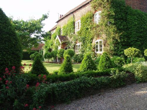 Ivydene House Bed and Breakfast