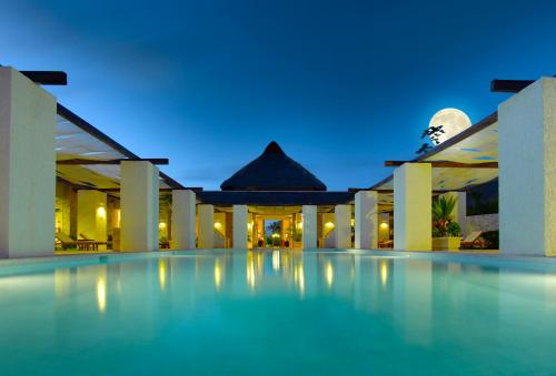 Grand Palladium White Sand Resort & Spa - All Inclusive