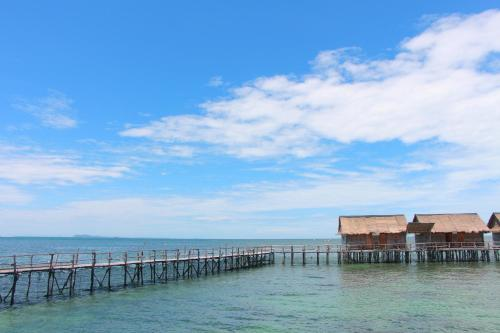 Bintan Laguna Restaurant and Resort