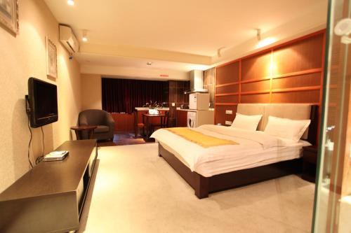Chengdu Comma Apartment Hotel - Xinian Branch