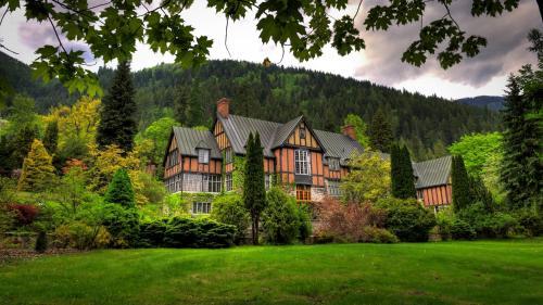 Blaylock Mansion