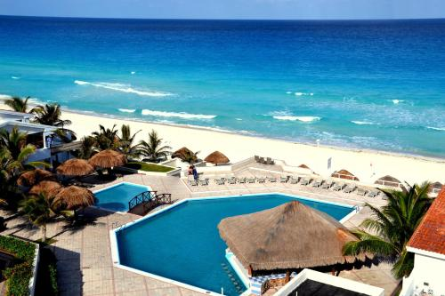 Cancun Beach Apartments
