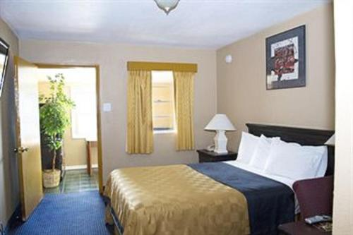 America's Best Inn Flagstaff