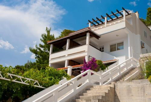 Apartments Fani