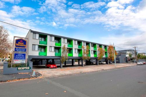 Best Western Melbourne's Princes Park Hotel