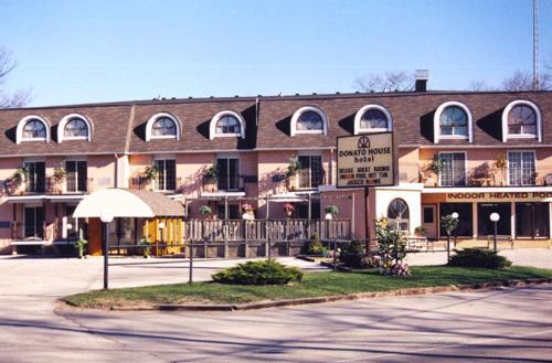 Donato House Hotel