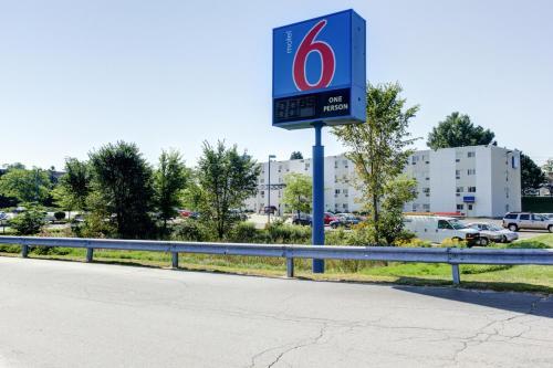 Motel 6 Portland Maine