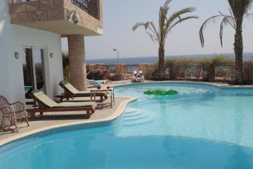 Villa Sharm - Luxury Beach Side Private Villa