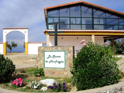 Os 4 melhores hot is com wi fi em villarreal de san carlos espanha - Casa rural monfrague ...