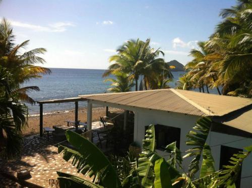 Sisters Sea Lodge