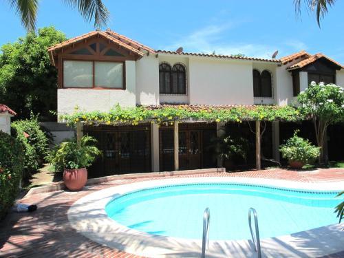 Casa en Bello Horizonte con piscina