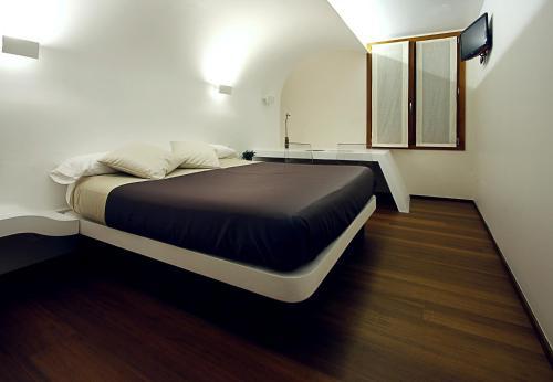 maisons d 39 h tes saint s bastien chambres d 39 h tes saint s bastien espagne. Black Bedroom Furniture Sets. Home Design Ideas