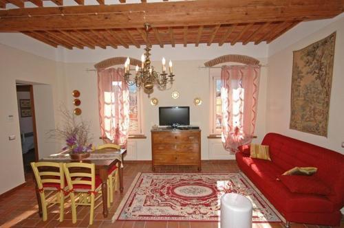 Apartment in Lucca VII