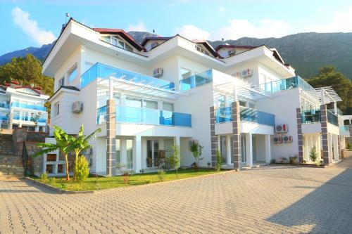 Orka Royal Hills Apartments