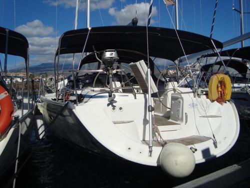 Boat in Arona (15 metres)