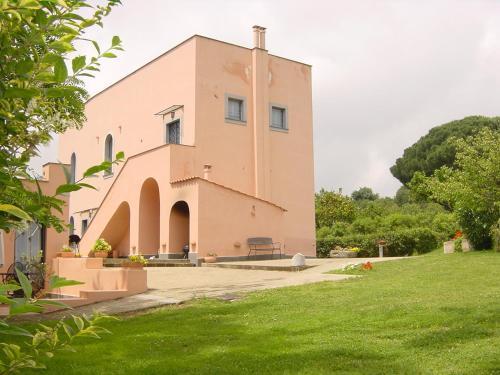 Flegrea House