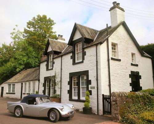 Aberturret Cottage