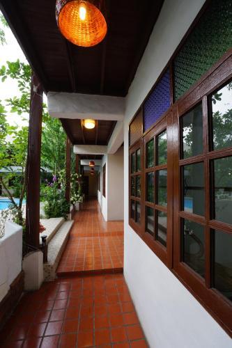 TR Residence