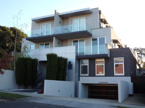 Apartments @ Kew Q45