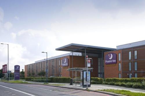 Premier Inn London Heathrow Airport - Bath Road