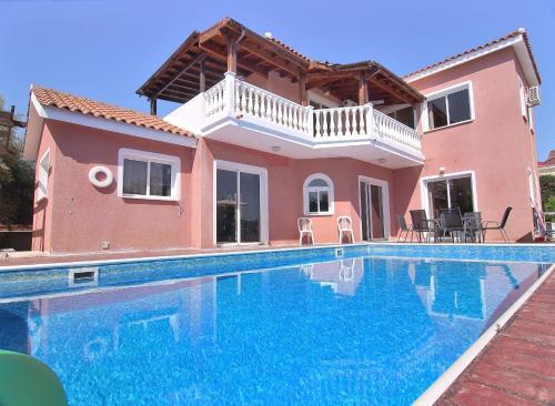 Queens Paradise-Villa Vasilia