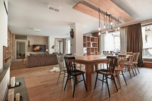 Monte House Apartments