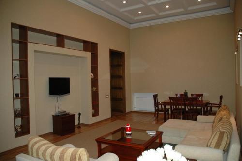Menshikov Apartments 2