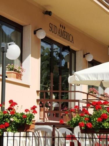 Hotel sud america fiuggi italie for Reserver hotel payer sur place