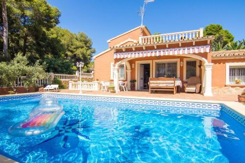 Holiday Villa María