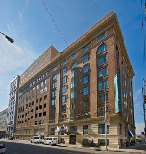 Dayton Grand Hotel - Downtown