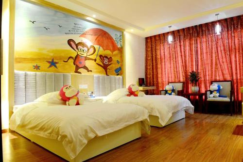 Witty Monkey Hotel