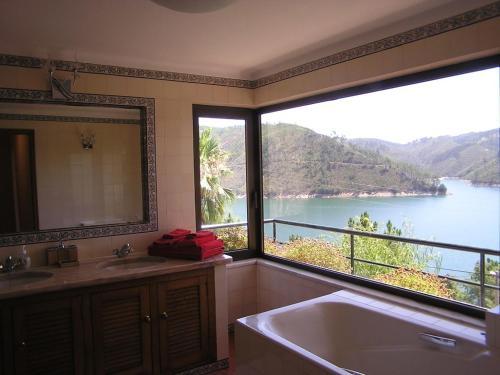 Lago Azul Villa