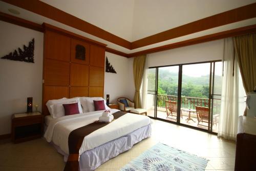 Phuket Nature Home Resort