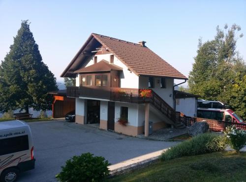 Apartments Špik