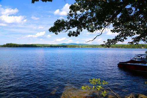 Anchorage at the Lake