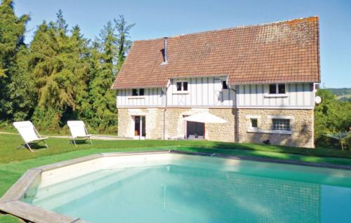 Holiday home Blonville-Sur-Mer 25 with Outdoor Swimmingpool
