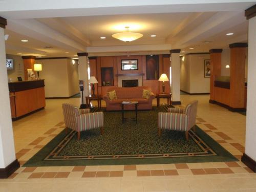 Fairfield Inn And Suites Warner Robins Review