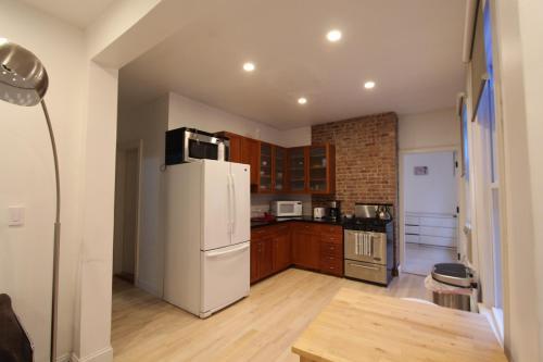 Bronx Three Bedroom Apartment