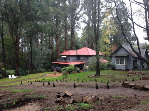 Merrow Cottages