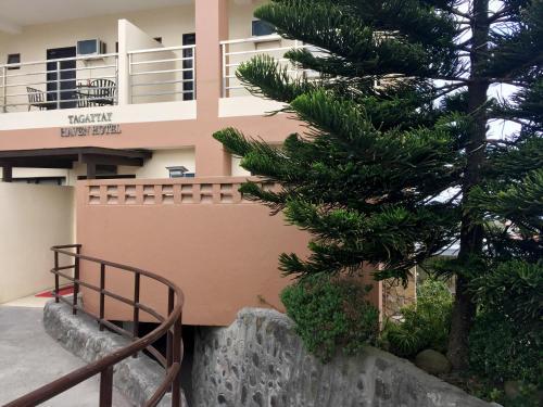 Tagaytay Haven Hotel Mendez