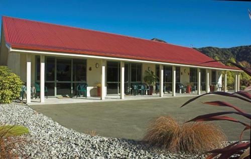 Murchison Motels