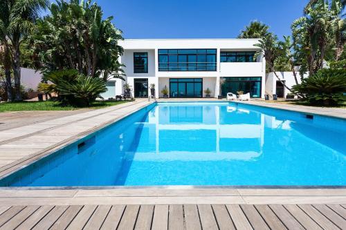 Suitelowcost Villa Inserra