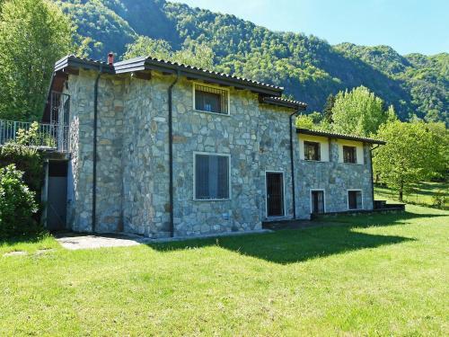 Holiday Home Castelveccana 7121