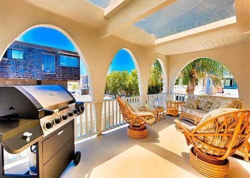 Modern Newport Beach Condo