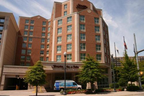 Hampton Inn & Suites Reagan National Airport - Crystal City