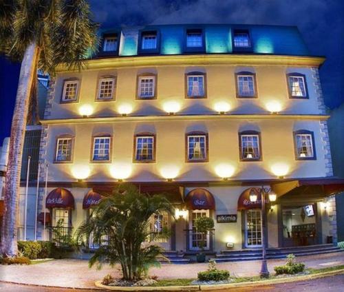 DeVille Hotel